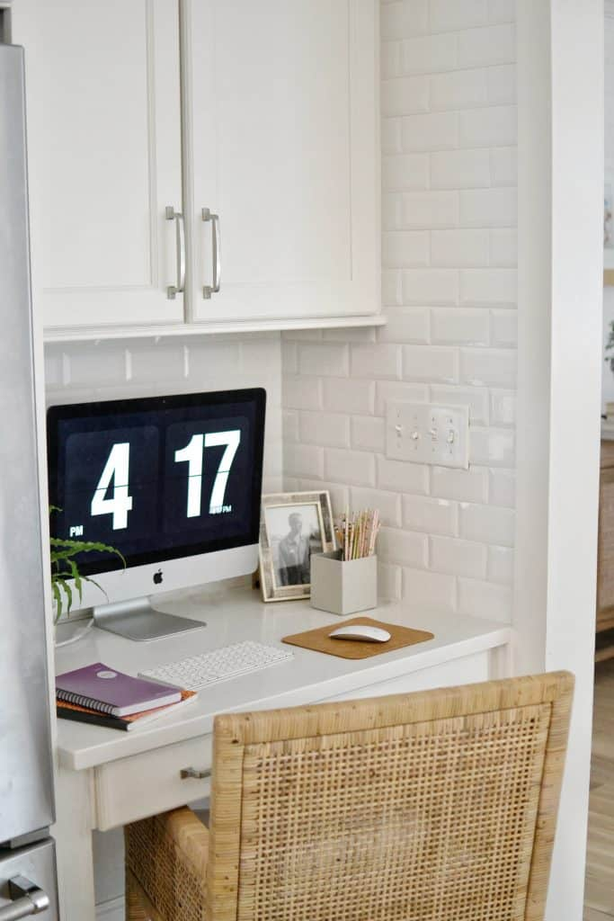organized homework station / kitchen desk