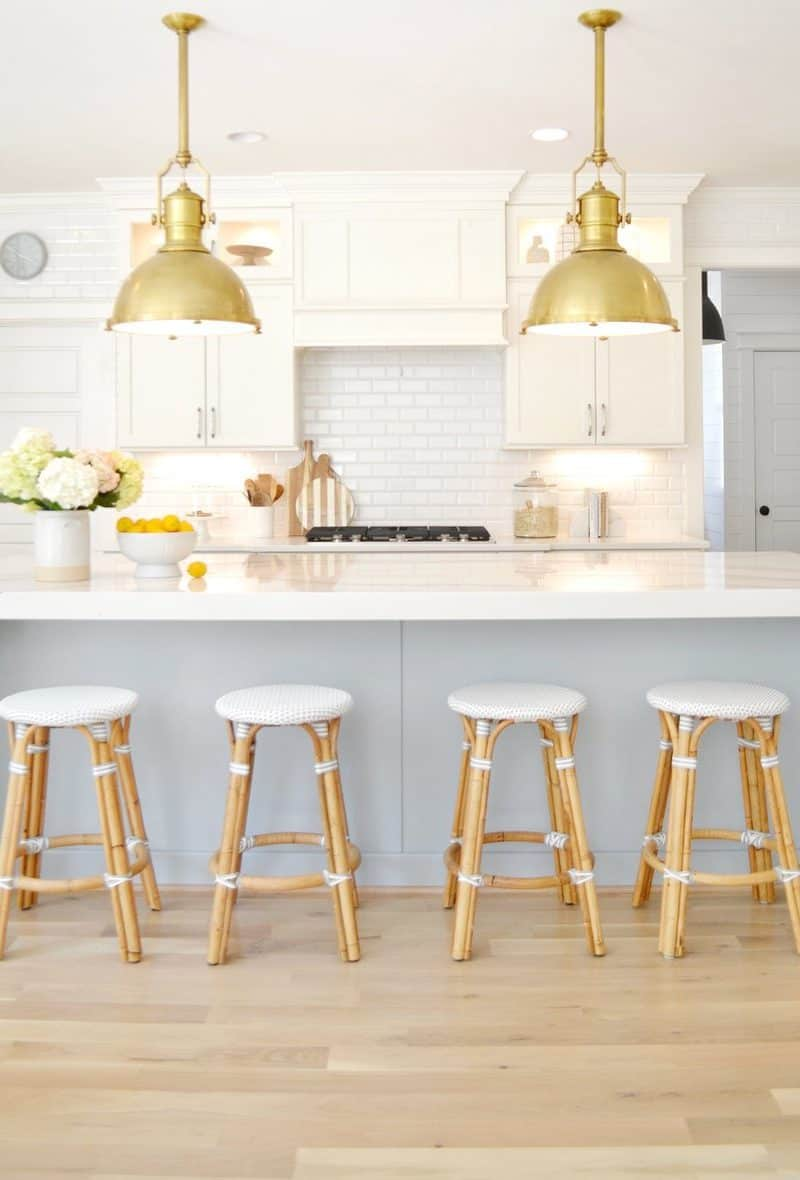 kitchen with Sherwin Williams white trim paint