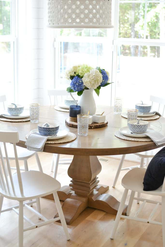 blue fall tablescape with navy fall decor