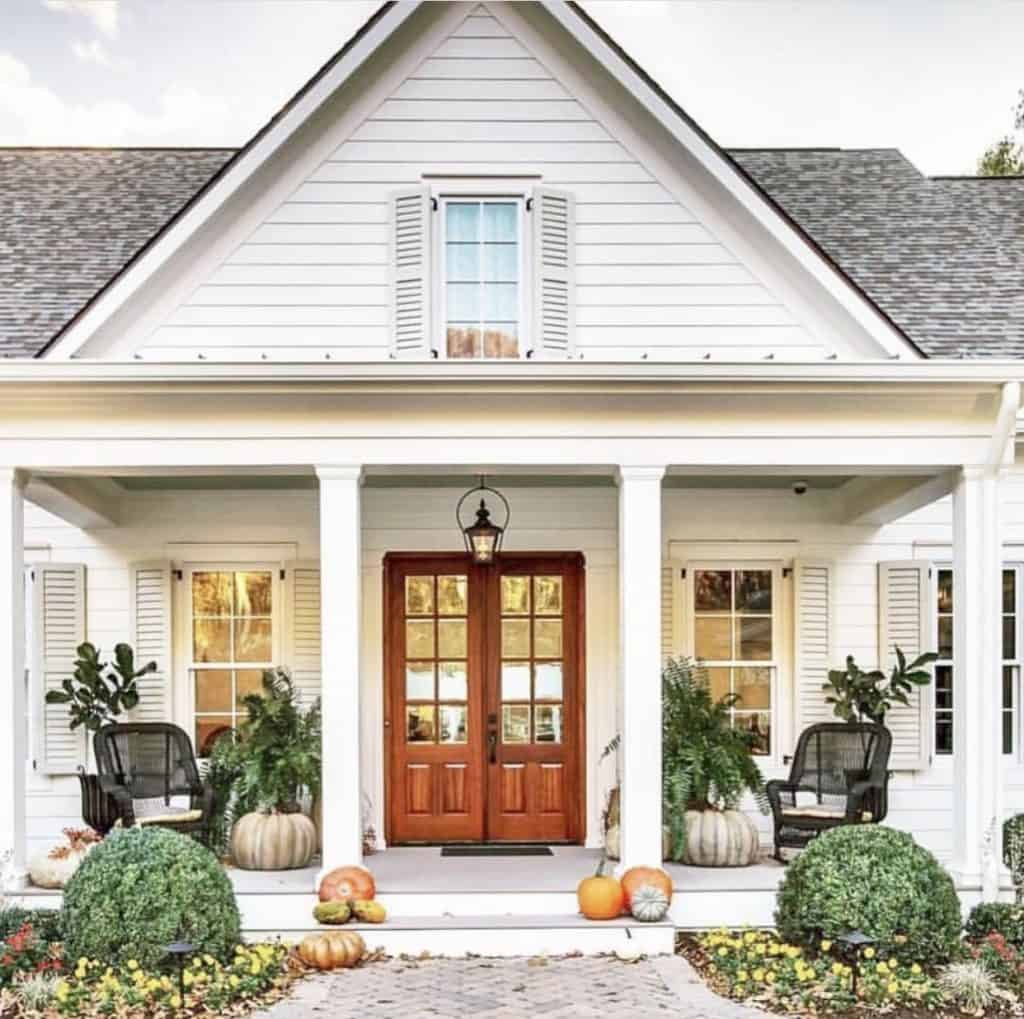 fall porch decor on instagram