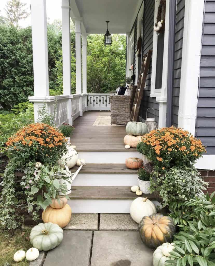 beautiful front porch on instagram