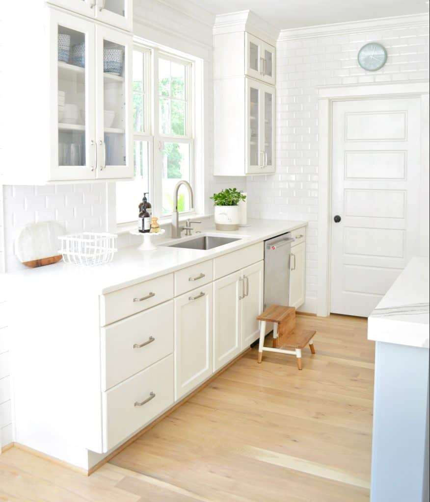 white pantry door