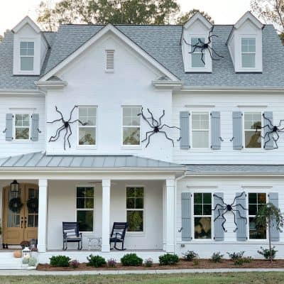 How I Put Giant Halloween Spiders On Our House