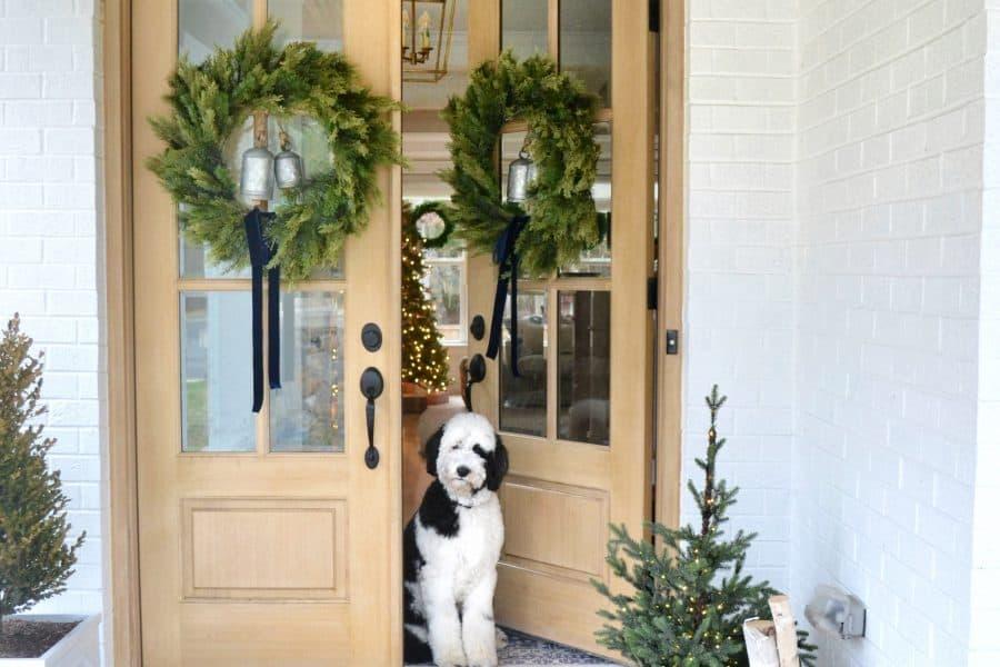 4 Tricks to a Festive Front Porch