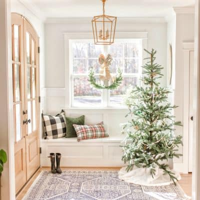 Christmas Home Tour: Living & Kitchen Christmas Decor