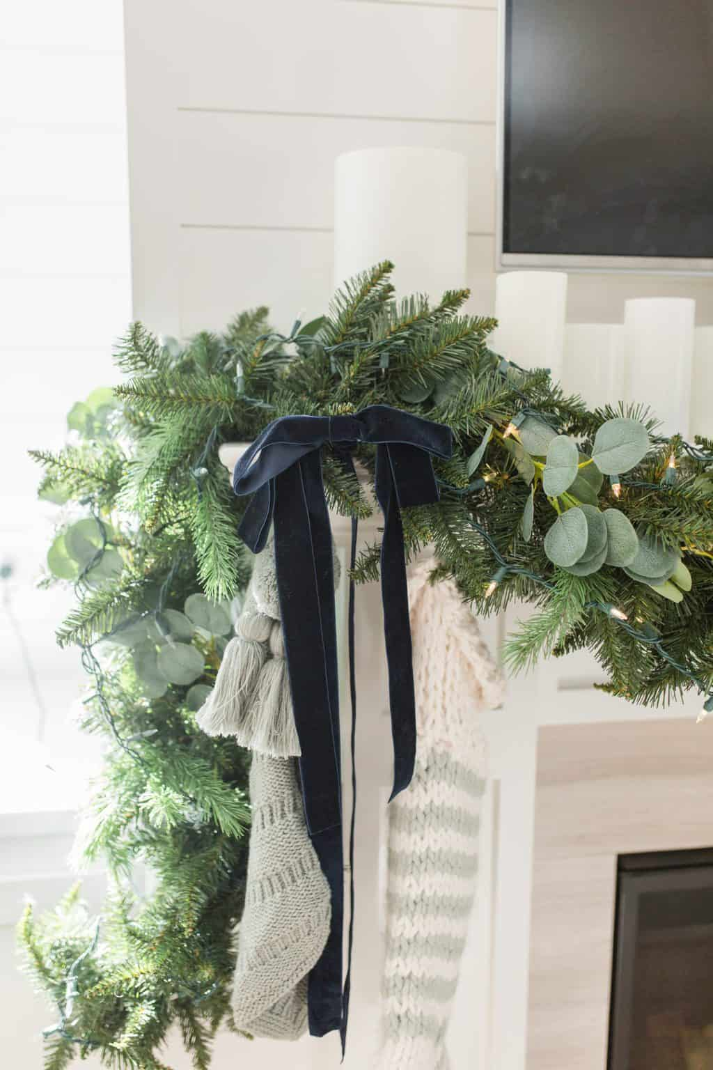 christmas home tour garland with ribbon