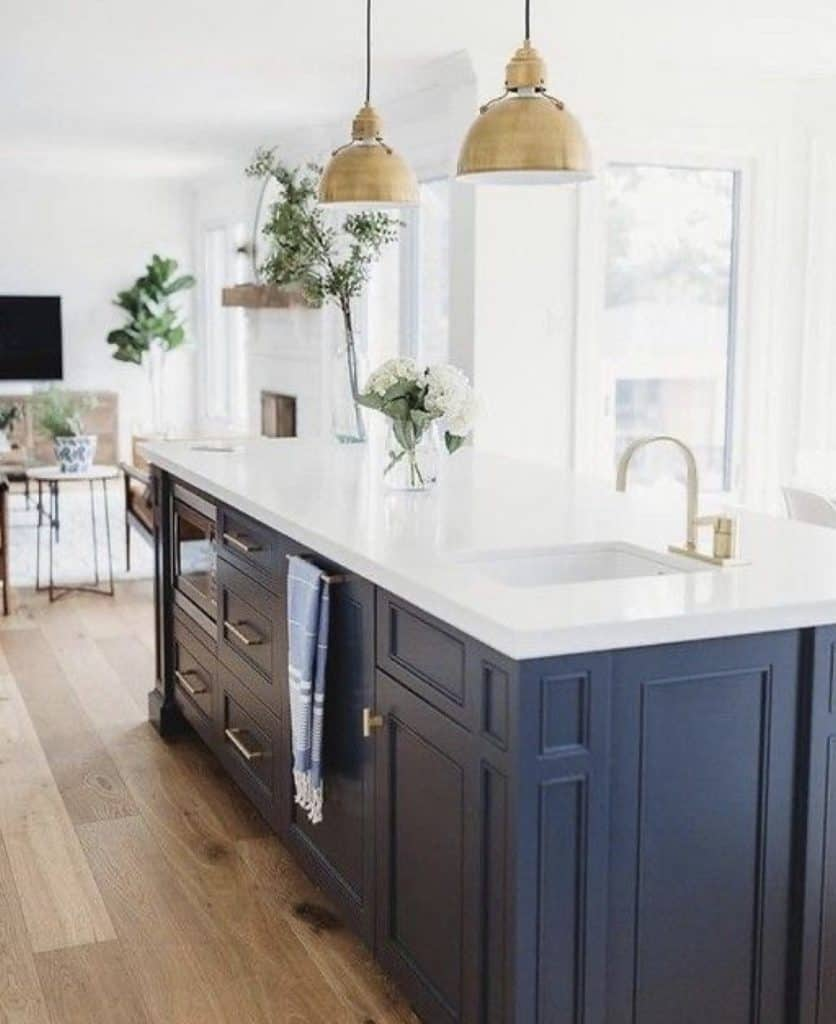 navy kitchen cabinets painted, one of the hottest kitchen trends in 2020