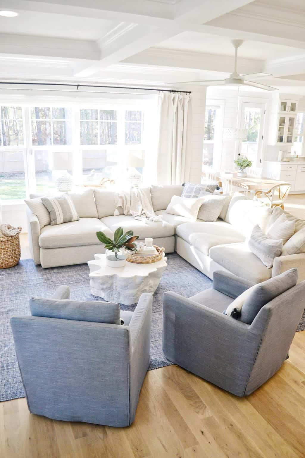 Our Blue And White Living Room Makeover Chrissy Marie Blog